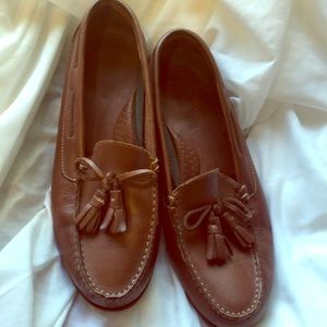 Leather brown tassel loafers cushioned insole GUC